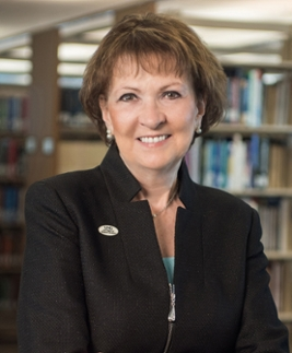 "Bonita Jacobs, president of the University of North Georgia and author of ""UNG The Gold I See: The Legacy of UNG's Dahlonega Campus"""